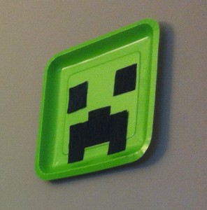 Creeper Wall Plate
